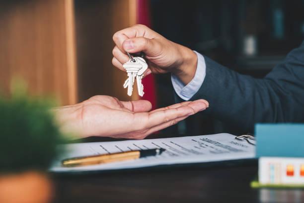 real estate agent konvenju